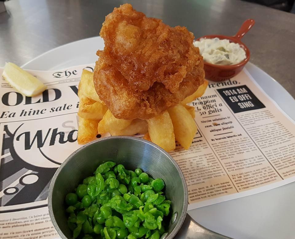 Fish & Fizz £20