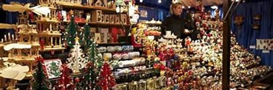Luxury Christmas Shopping Evening