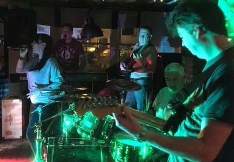 Live music with Broken
