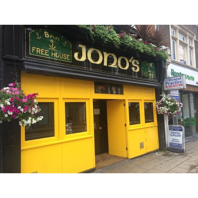 Jono's bar